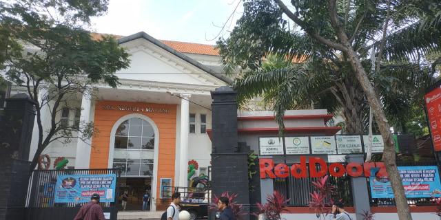 Viral SMK di Malang Menjadi Hotel, Berikut Penjelasan Kepala Sekolah (261315)
