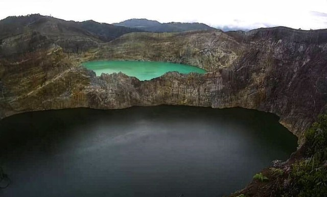 Kelimutu, Taman Nasional Terkecil di Indonesia dan Cerita 3 Danau Kawahnya (2)