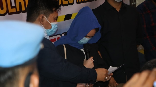 Kriss Hatta Tak Diakui Pacar oleh Hana Hanifah: Kejujuran Saya Bikin Artis Takut (26831)