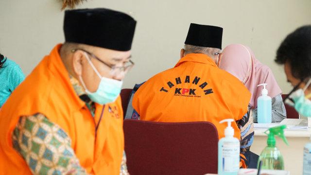 Eks Komisioner KPU hingga Mantan Dirut Jiwasraya Jalani Swab Test di Rutan KPK (7131)