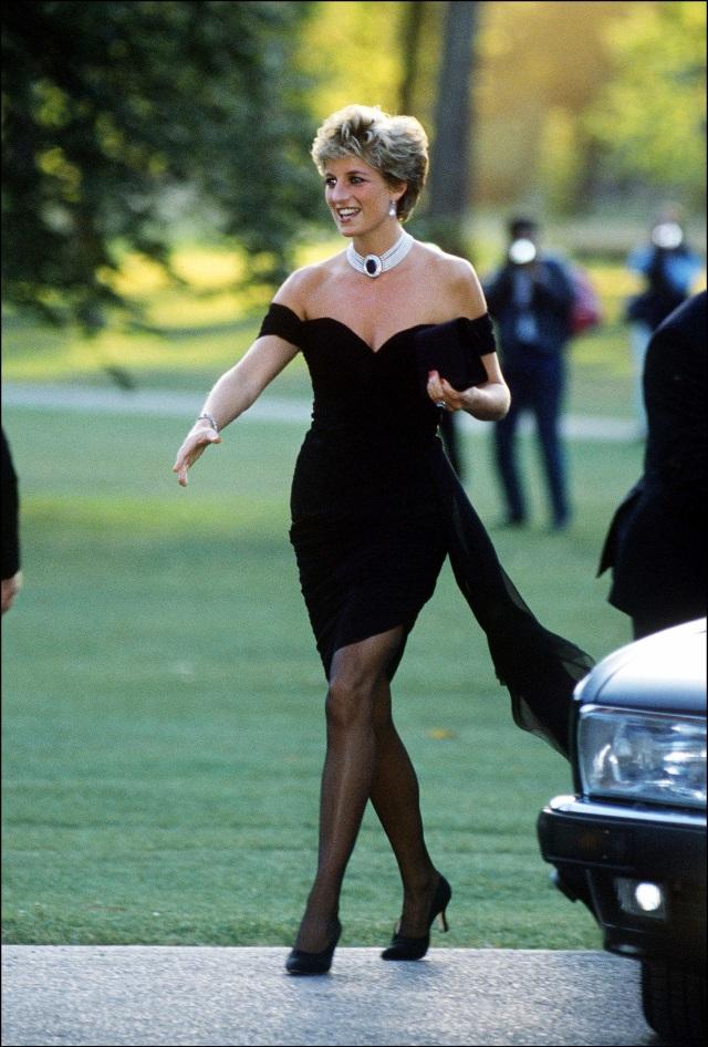 Putri Diana Jadi Ikon Fashion Dunia, Ini 6 Perempuan Terkenal yang Tiru Gayanya (54385)