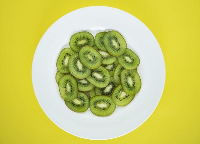 Bisa Bantu Atasi Perut Kembung, Yuk Konsumsi 5 Buah-buahan Ini (212157)