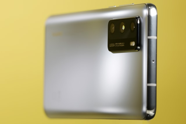 Review Huawei P40: Si Kecil yang Banyak Bisanya (393254)