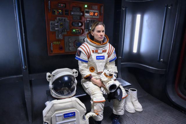 Hilary Swank Pimpin Misi Berisiko Tinggi ke Mars di Serial Netflix Terbaru (26539)