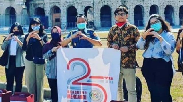 Aksi Akabri '95 dari TNI dan Polri di Berbagai Negara Rayakan 25 Tahun Mengabdi (390690)