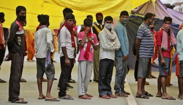 Hotel Fasilitas Corona di India Terbakar, 7 Pasien COVID-19 Tewas (7029)