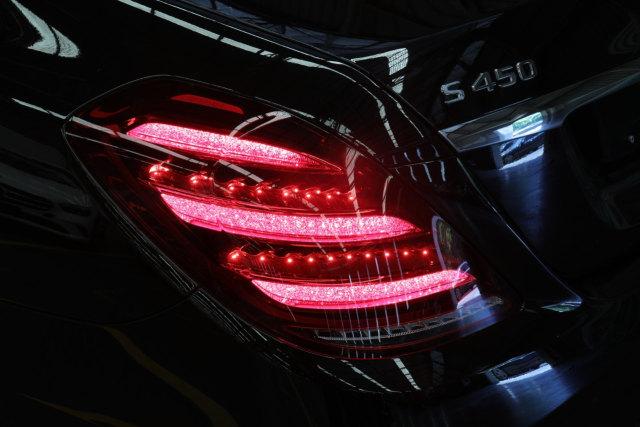 Mercedes-Benz G 63 dan S 450 Edisi 50 Tahun Meluncur, Berapa Harganya? (138916)