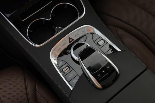 Mercedes-Benz G 63 dan S 450 Edisi 50 Tahun Meluncur, Berapa Harganya? (138940)