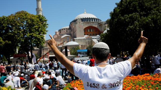 Salat Jumat Berakhir, Hagia Sophia Buka Sampai Besok Pagi (390134)