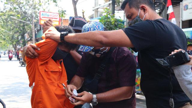 Kriminal Jabodetabek: Yodi Prabowo Diduga Bunuh Diri; Pasukan Oranye Jual Sabu (50594)