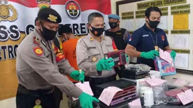 Kriminal Jabodetabek: Yodi Prabowo Diduga Bunuh Diri; Pasukan Oranye Jual Sabu (50595)