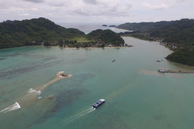 Potret Keindahan Pulo Breueh Saat 'Putri Anggreni' Layar Perdana  (8021)