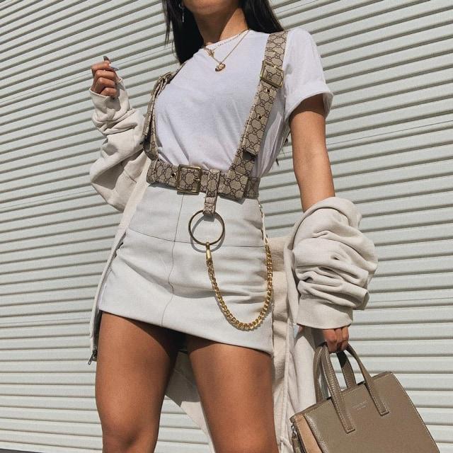 Viral, Selebgram Gunting Tas Louis Vuitton dan Gucci untuk Bikin Baju (357894)