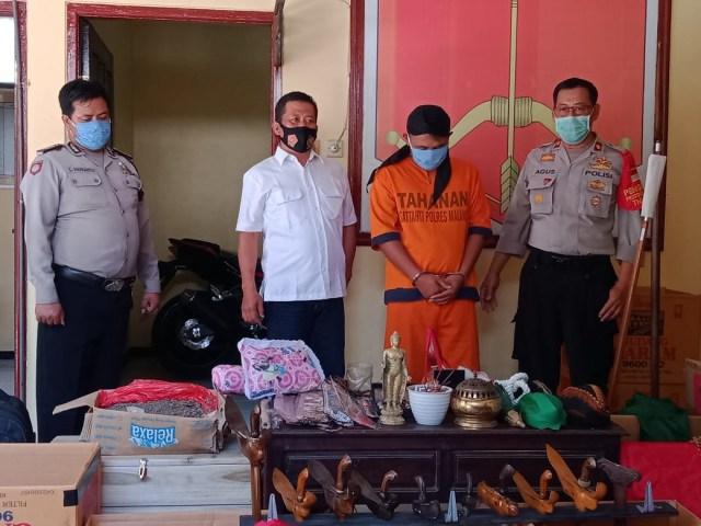 Dukun Palsu di Malang Janjikan Uang Rp 7 Triliun ke Korban (59307)