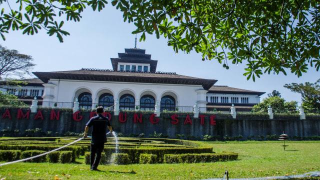 Genap Seabad, Ini 5 Fakta Menarik Gedung Sate yang Jadi Ikon Kota Bandung (622496)