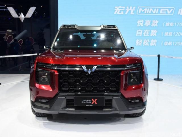 Wuling Hongguang X, Si SUV Baru yang Serba Kotak (618587)