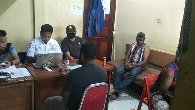 3 Tersangka Penyelewengan Bantuan Corona di Keerom Terancam Penjara 20 Tahun (106145)