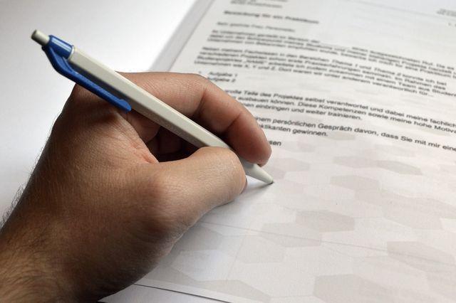 4 Contoh Surat Lamaran Kerja yang Benar (289347)