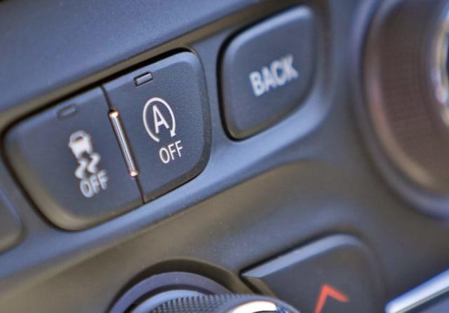 4 Fitur yang Bikin Mobil Irit BBM, Sudah Tahu? (30202)