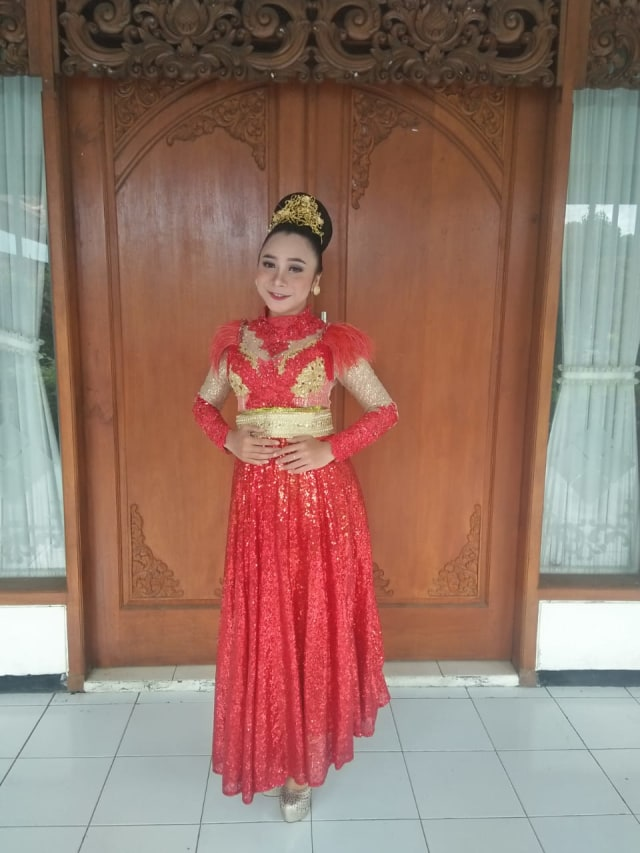 Mengenal Ika Pratiwi, Seniman Tari asal Kota Malang (28813)