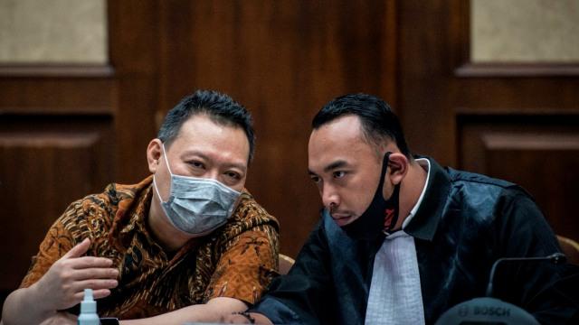 Seluruh Terdakwa Kasus Korupsi Jiwasraya Divonis Penjara Seumur Hidup (3)