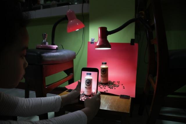 Tips Fotografi: Motret Produk Dagangan Saat Pandemi dengan Modal Minim (139041)