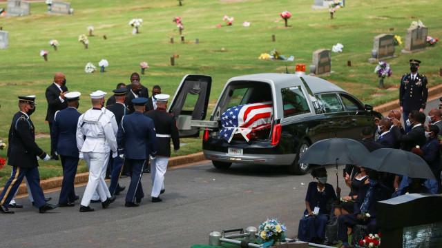 Foto: Pemakaman Aktivis HAM John Lewis (536547)