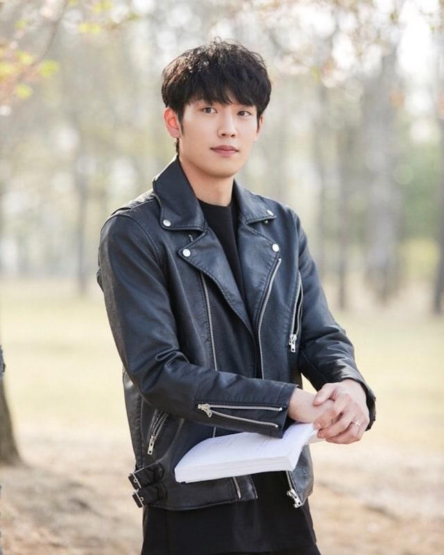 8 Aktor Korea yang Bernaung di Bawah YG Entertainment (383581)