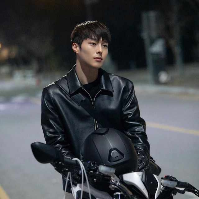 8 Aktor Korea yang Bernaung di Bawah YG Entertainment (383582)
