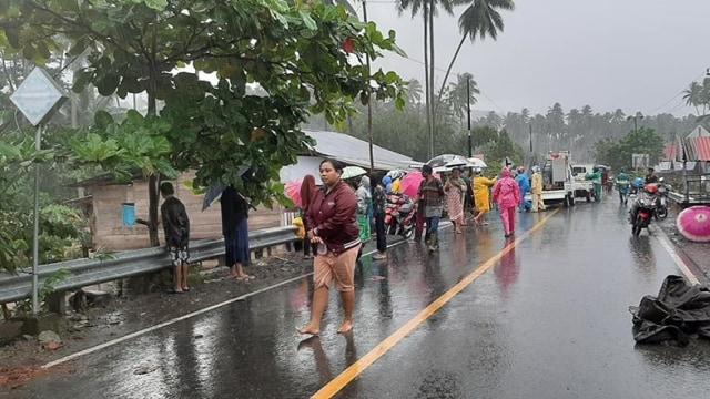 Banjir Bandang di Bolaang Mongondow Selatan, Sulut: 29 Rumah Hanyut dan 64 Rusak (23662)