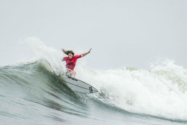 Plengkung, Surga Tersembunyi Banyuwangi yang Jadi Lokasi Liga Surfing Dunia (373284)