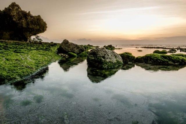 Plengkung, Surga Tersembunyi Banyuwangi yang Jadi Lokasi Liga Surfing Dunia (373286)