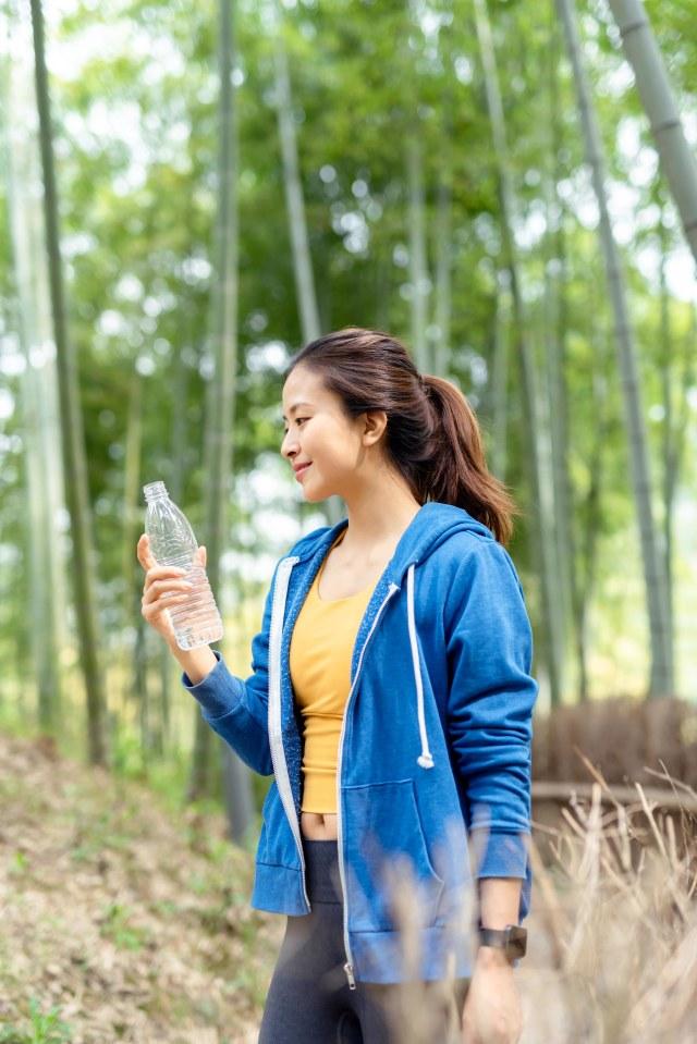 6 Manfaat Jalan Kaki untuk Tubuh dan Kesehatan (117135)