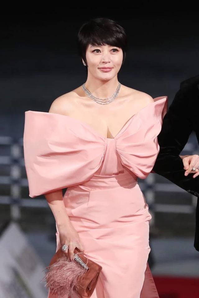 Tabungan Kim Hye Soo Selama 34 Tahun Terpaksa Dipakai untuk Bayar Utang Ibunya (957321)