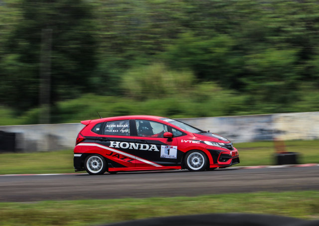 Honda Tetap Kembangkan Mobil Balap, Meski Tak Ada Kompetisi (117670)