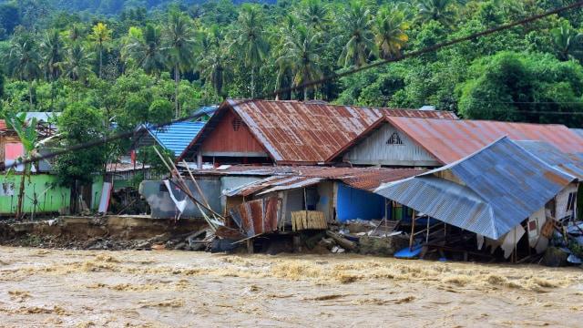 12 Rumah dan 1 Masjid di Gorontalo Rusak Diterjang Banjir (215160)
