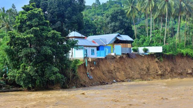 12 Rumah dan 1 Masjid di Gorontalo Rusak Diterjang Banjir (215161)
