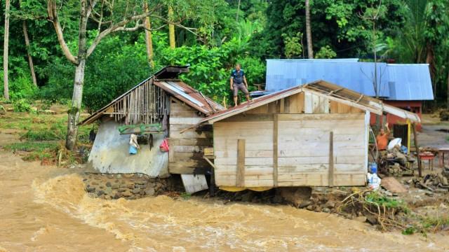 12 Rumah dan 1 Masjid di Gorontalo Rusak Diterjang Banjir (215163)