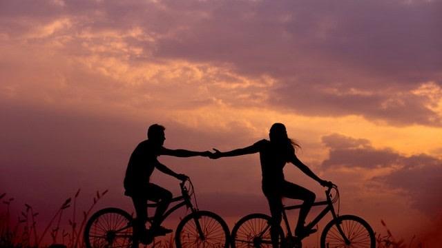 5 Hal yang Kamu Rasakan saat Ibu Pasangan Memaksamu untuk Segera Menikah (623449)