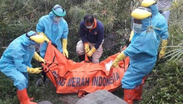 Lelaki Tanpa Identitas Ditemukan Meninggal di Bawah Jembatan Sungai Gung Tegal  (1210543)
