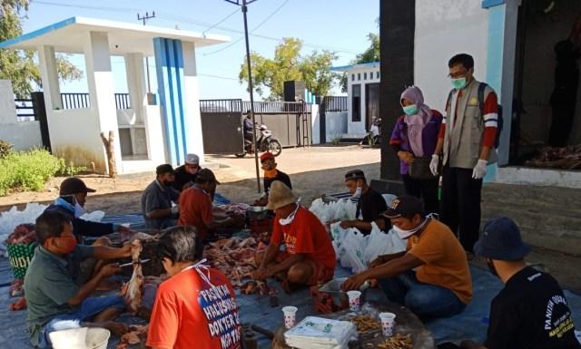 Pemkab Probolinggo Awasi Proses Pemotongan di Rumah Potong Hewan  (23333)