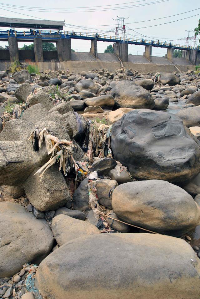 Foto: Pemanfaatan Sungai saat Musim Kemarau di Beberapa Daerah (794562)