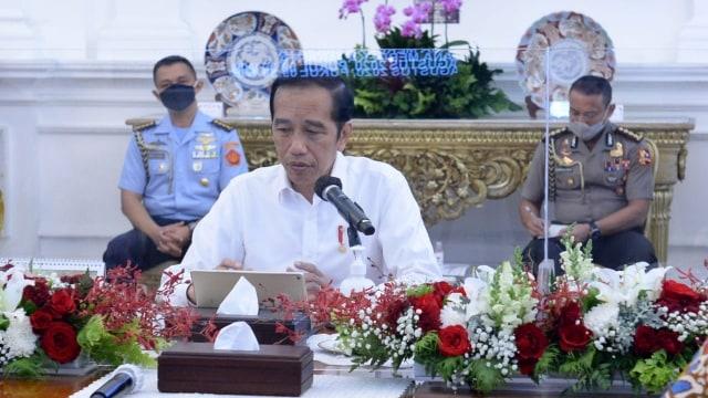 Jokowi Dinilai Perlu Reshuffle Kabinet untuk Hindari Kutukan Periode Kedua (87321)