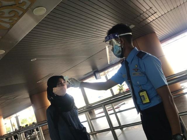 2 Maskapai Rute Surabaya-Pontianak Dilarang Beroperasi di Bandara Supadio (314731)