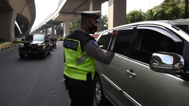 PSBB Transisi Diperpanjang, Ganjil Genap Masih Belum Berlaku di Jakarta (6750)
