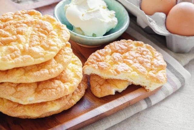 Resep Cloud Bread yang Viral di TikTok, Cuma Pakai 3 Bahan (290555)