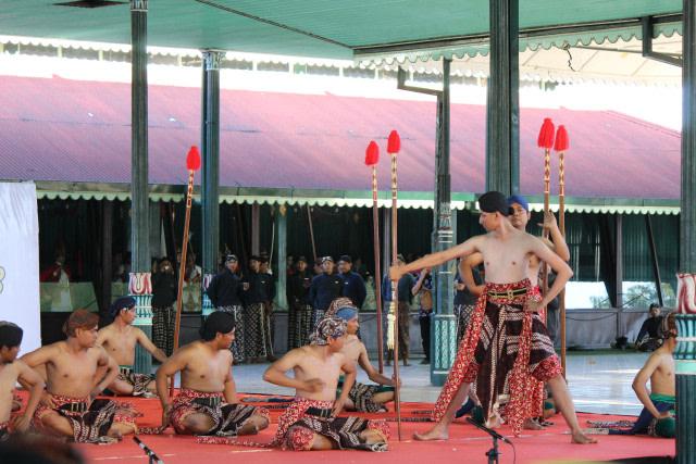 Kumpulan Contoh Artikel Bahasa Jawa
