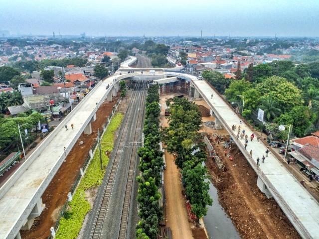 Pembangunan Flyover Tapal Kuda Lenteng Agung Capai 81%, Tanjung Barat 69% (68087)
