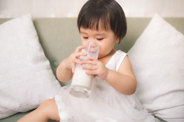 Susu Murni VS Susu Rendah Lemak untuk Anak, Mana Lebih Baik? (70973)