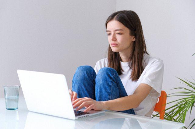 Mengenal Ciri-ciri Toxic Productivity, Obsesi untuk Terus Produktif |  kumparan.com